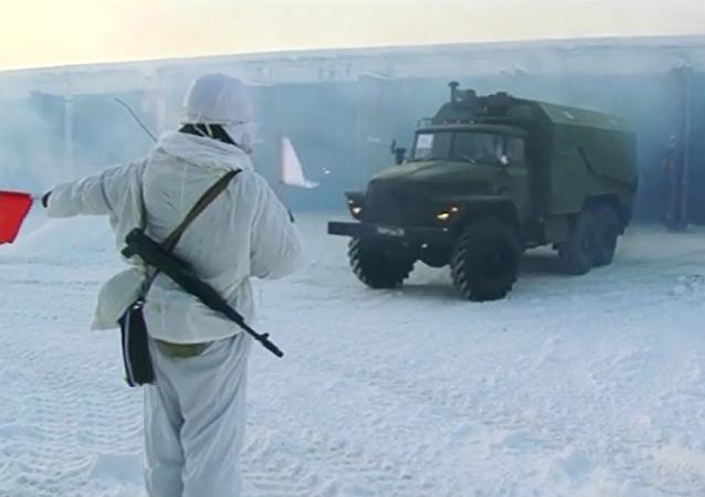 车里雅宾斯克的S-300旅进入战备状态