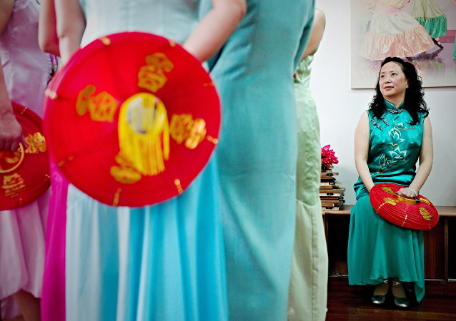 中国杭州政协委员:倡议杭州女性G20峰会期间穿着旗袍上街