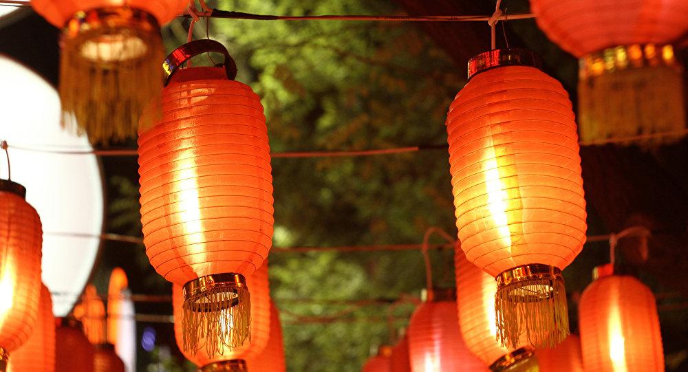 四川自贡市长:愿在俄罗斯举办自贡灯会