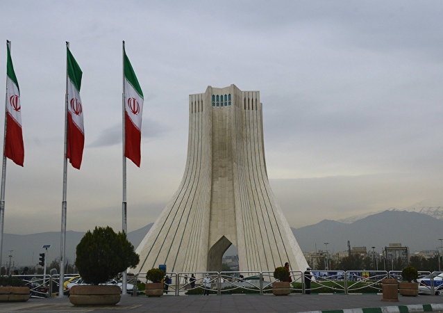 近60%选民参与伊朗大选