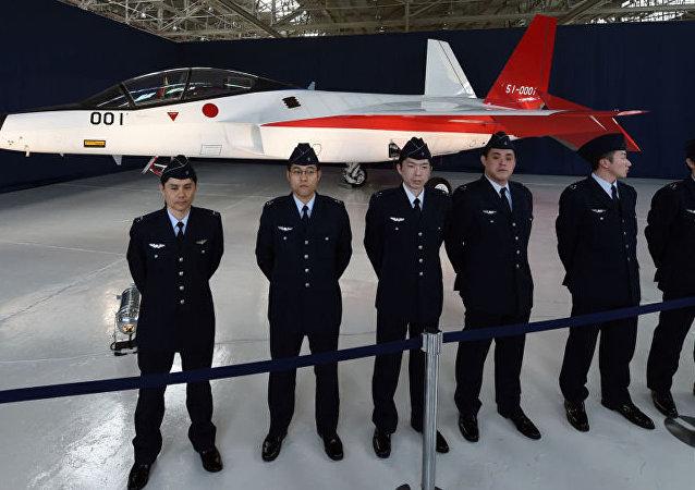 日本首架隐形战机完成地面试验