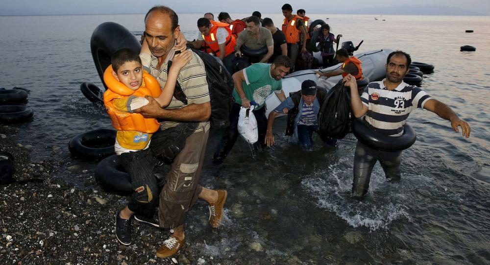 英国政府承认无法将数千名非法移民驱逐出境