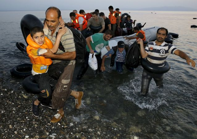 北约秘书长:联盟内部商定应对爱琴海上难民危机行动袭击
