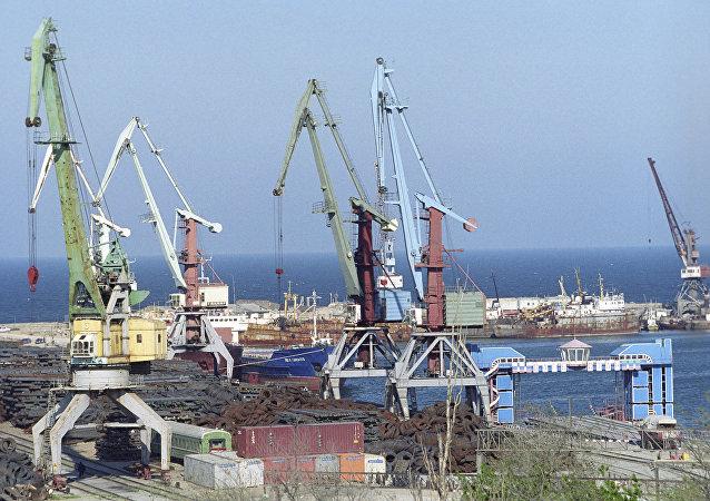 马哈奇卡拉港口