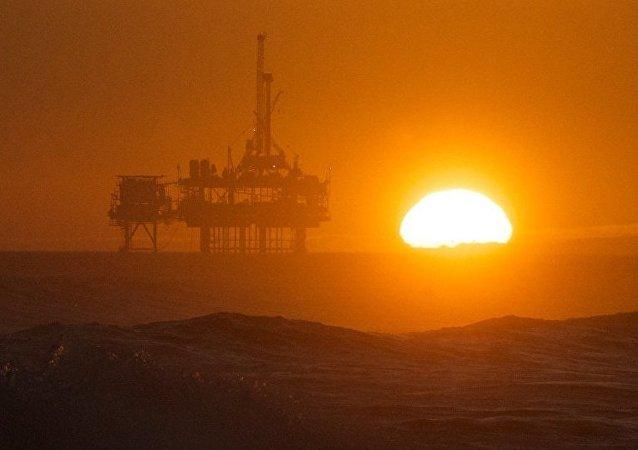 阿尔及利亚能源部长不排除欧佩克或减产到3250万桶或更低