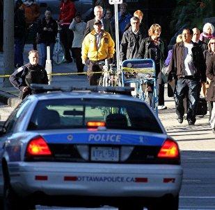 加拿大一名女中學生刺傷其同學及學校員工