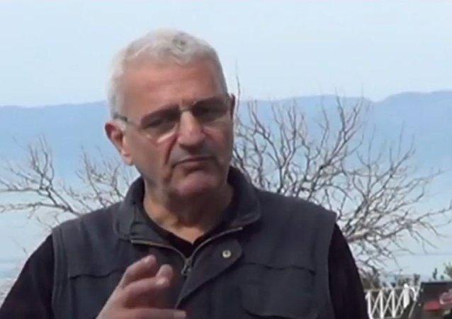 土耳其诗人侯赛因·海达尔