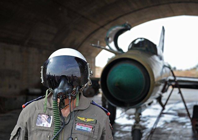 叙空军米格-21战机