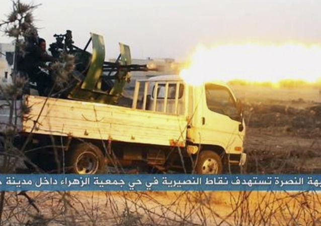 """媒体:IS与""""征服阵线""""武装分子在叙黎边境激战"""