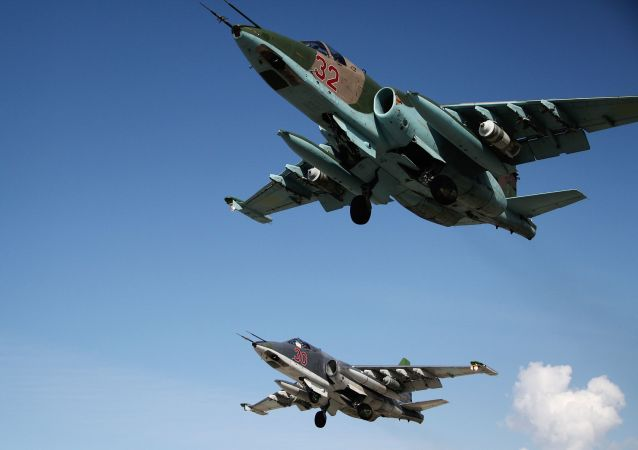 """""""苏-25""""飞机"""