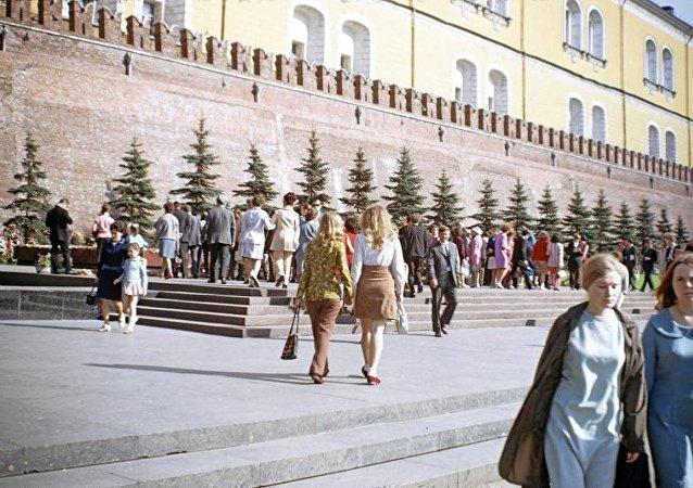 民调:逾六成俄罗斯人愿在保留苏联公决中投赞成票