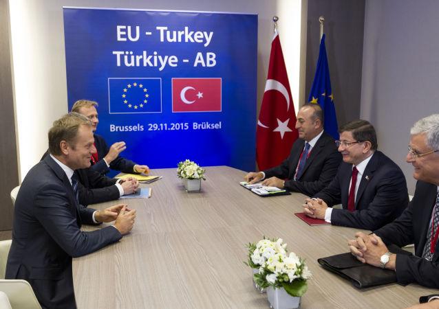 与土耳其就难民问题的谈判有时会变为敲诈