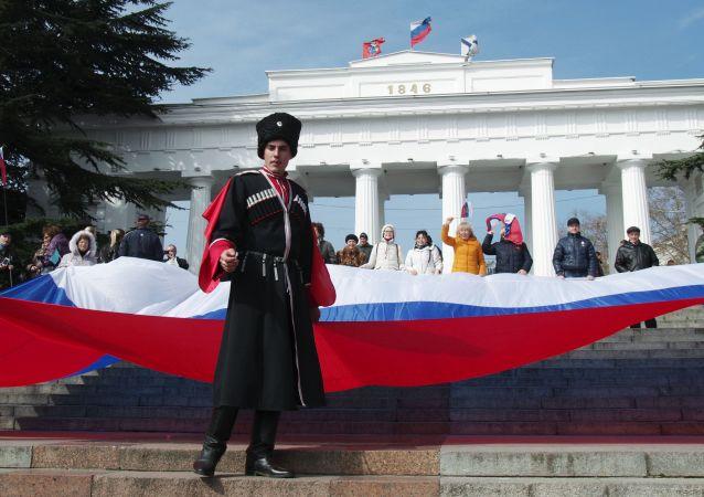 普京:若克里米亚受到威胁俄将尽一切手段守土