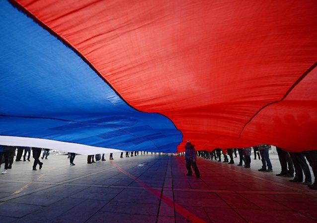 俄希望乌能尊重克里米亚人做出的入俄决定