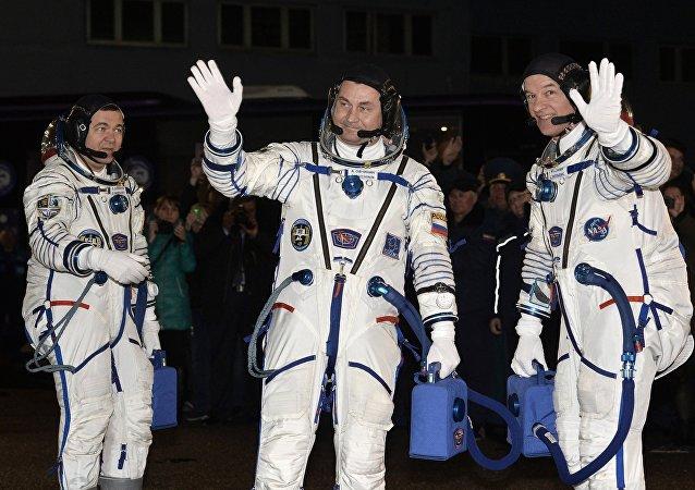 """""""联盟TMA-20M""""飞船运载的宇航员已进入国际空间站"""