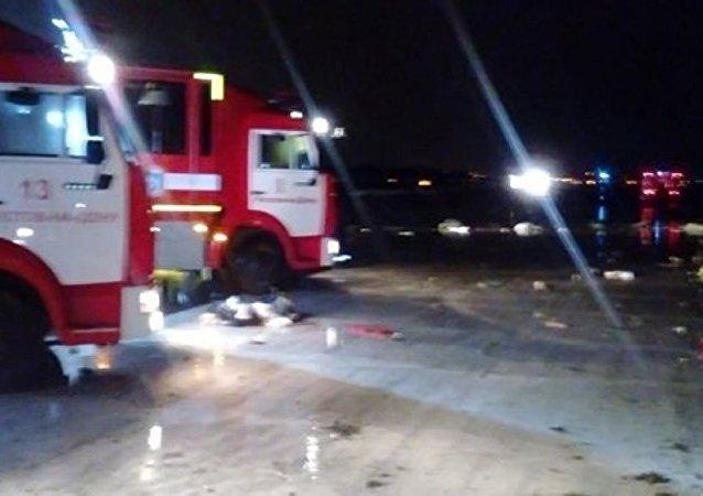 700多名救援和执法人员在罗斯托夫坠机现场工作