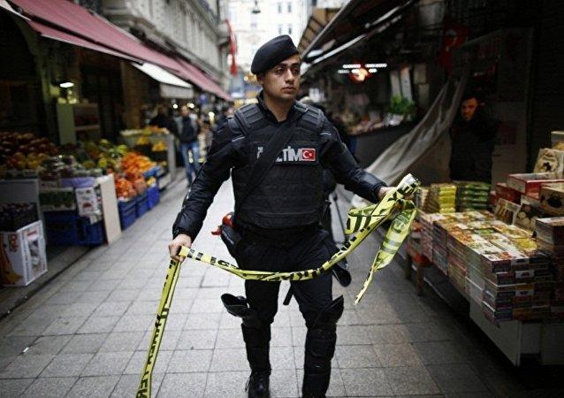 中国外交部:中方强烈谴责19日发生在伊斯坦布尔的恐怖袭击