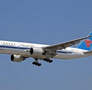 中國南航波音777-200客機