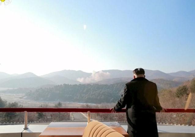 韩军方:金正恩上台以来朝鲜进行30余次导弹试验