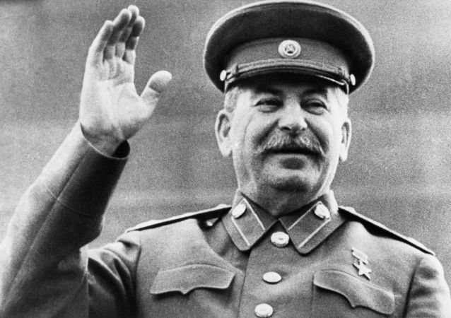 新西伯利亚政府批准设立斯大林纪念像