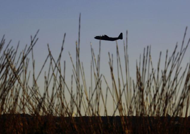 媒体:西班牙禁止哈蒙德飞机飞越本国领空