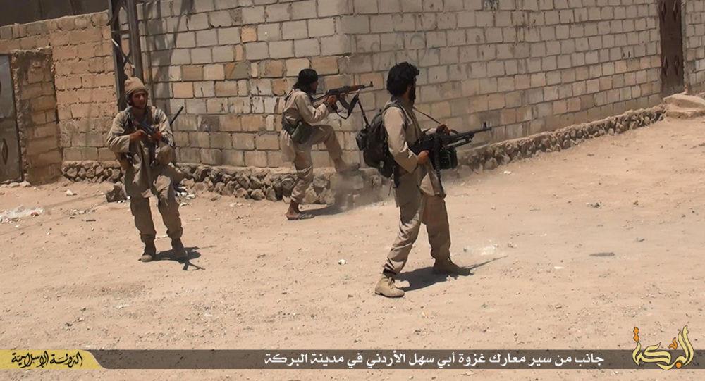 IS極端分子在其「首都」拉卡發生大規模內部衝突