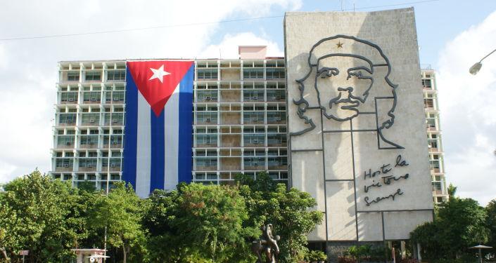 中国副外长:美国应尽早全面解除对古巴的封锁
