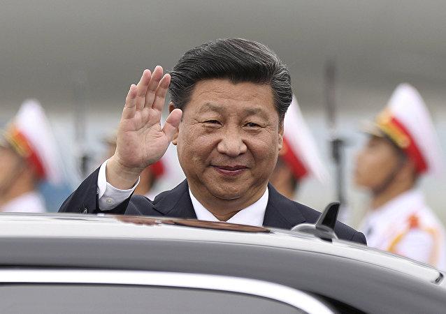 习近平祝贺国民党史上第一位女性领导人当选