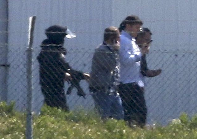 埃及客机遭劫持:乘客获释 劫机者被捕