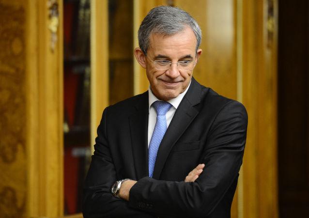 法国议员建议做出解除对俄制裁决定