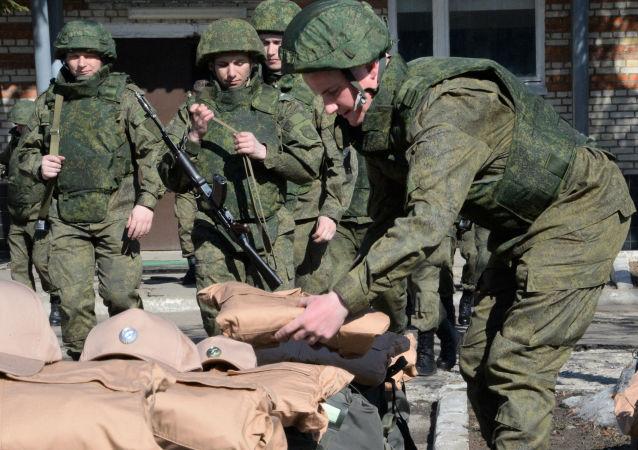 第二批俄排雷专家奔赴叙利亚参与巴尔米拉排雷工作