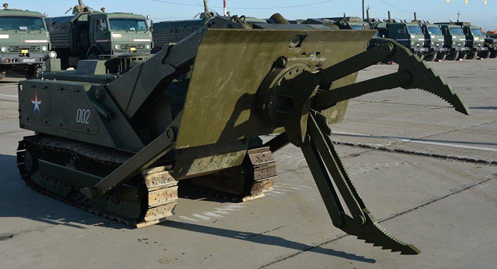 """俄第2批工兵以及""""天王星-6""""扫雷系统已经抵达叙利亚 将为巴尔米拉排雷"""