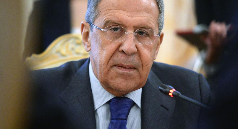 """俄外长称""""伊斯兰国""""获得来自外部的支持"""
