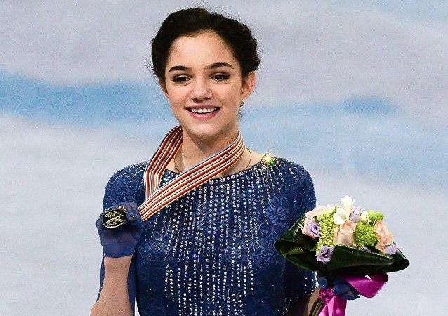 俄女将摘得2016年花滑世界锦标赛金牌
