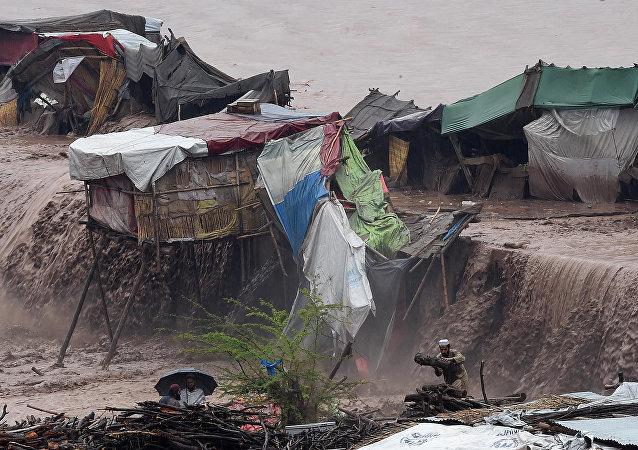 巴基斯坦洪水造成30余人死亡