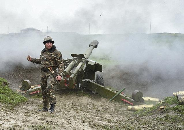 阿塞拜疆国防部:过去一昼夜内纳卡发生22起破坏停火行为