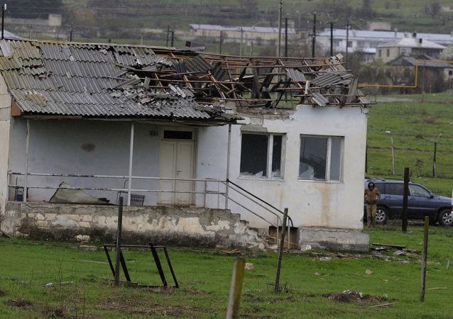 未获承认的纳卡共和国国防部称卡拉巴赫1日凌晨发生55次破坏停火的行为