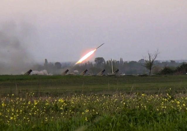 阿塞拜疆国防部称过去一昼夜内卡拉巴赫地区119次违反停火制度