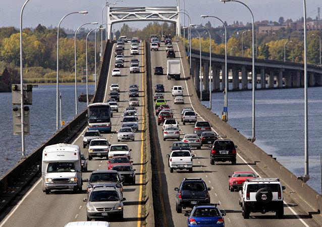 美国,华盛顿湖大桥/资料图片/