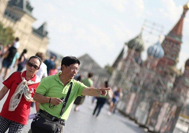中国游客2016年在俄消费逾 30亿美元