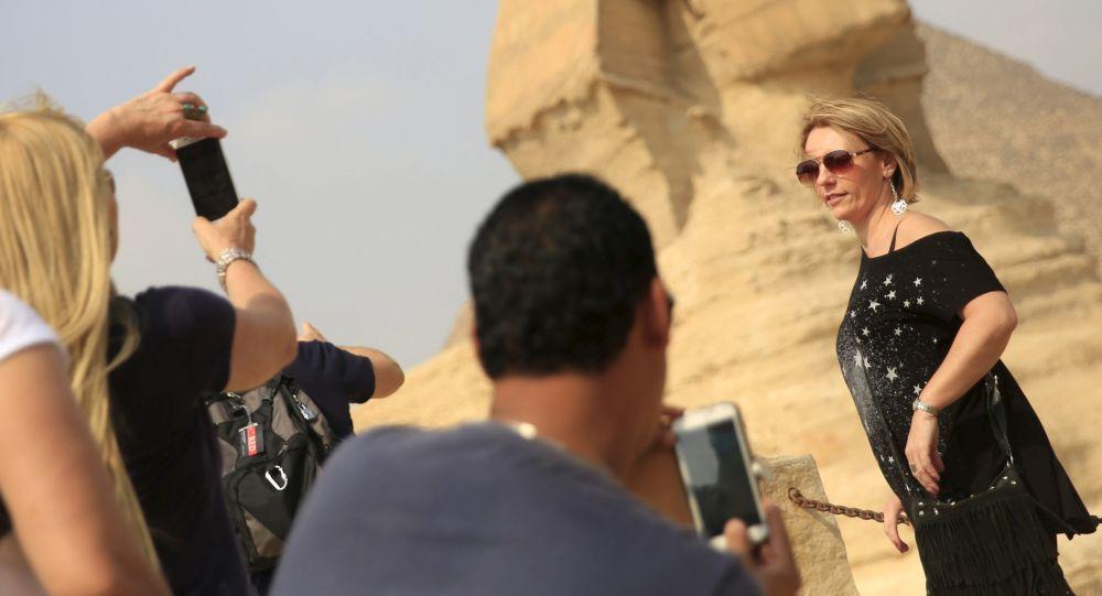 媒体:埃及开始试行电子签证