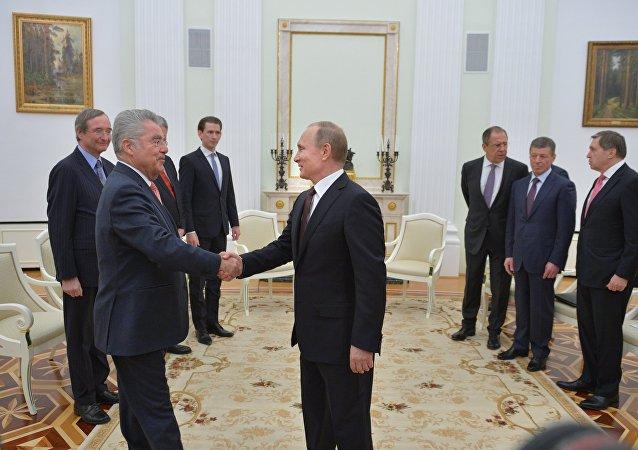 普京:俄罗斯和奥地利致力于发展能源领域合作