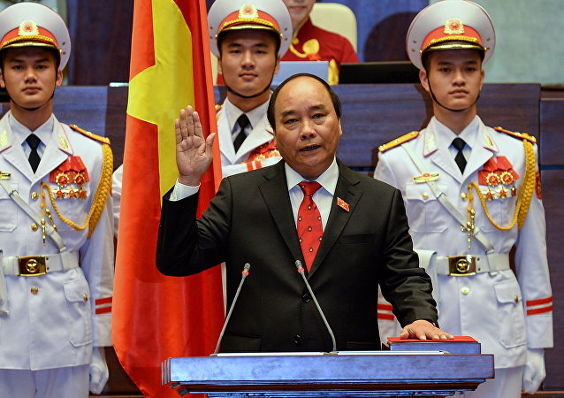 越南国会投票选举阮春福为总理