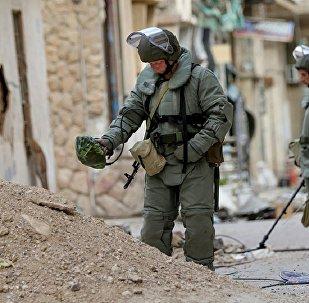 俄罗斯武装部队国际排雷中心联合部队在叙利亚排雷
