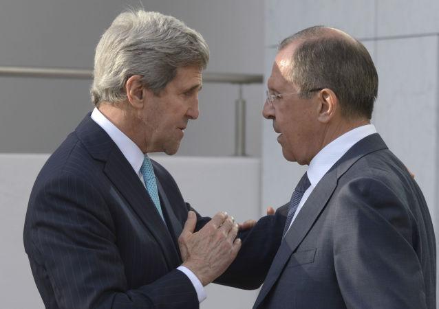 俄外交部:俄外长拉夫罗夫和美国国务卿克里讨论了俄美反恐协作可能