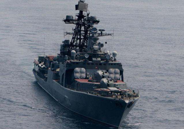 """大型""""维诺格拉多夫将军""""号反潜艇舰"""