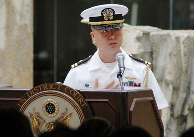 海军少校爱德华·林
