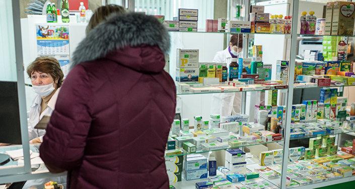 民调:三成以上俄民众会在家中备常用药