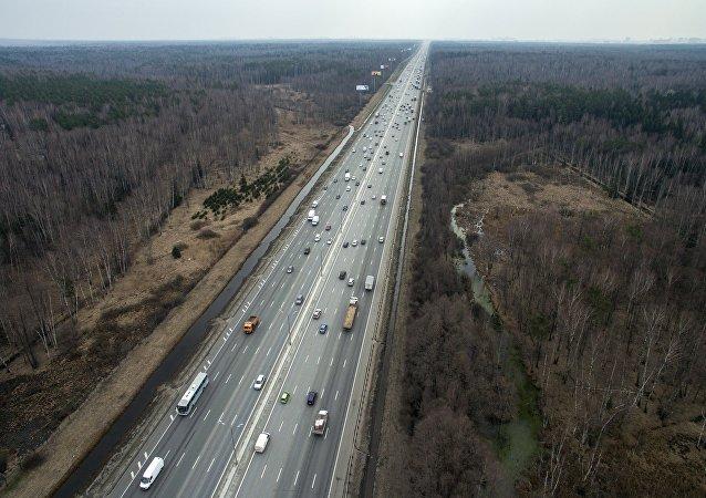 俄拟耗资7万亿卢布修建全长1.5万公里收费公路