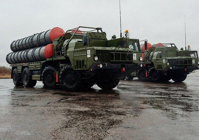 俄军事技术合作局局长:俄尚未与印度签署S-400导弹系统供应合同